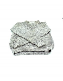 WHITE AND BLACK KIDS SWEATER